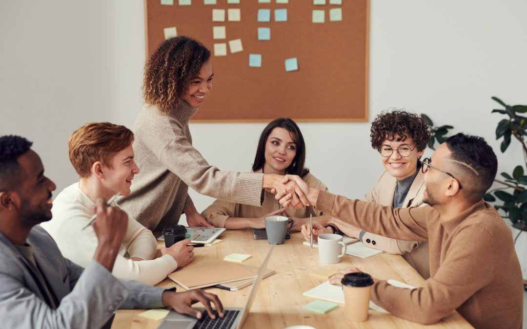 Pourquoi la reconnaissance au travail contribue-t-elle au bien-être des collaborateurs ?